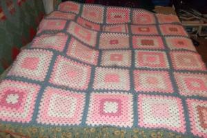 Bedspread strips